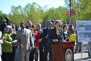 President Preckwinkle is joined by Mayor Eric J. Kellogg, City of Harvey, Commissioner Sims, Commissioner Murphy and a larger group of elected officials, as she spoke about the Central Street Project